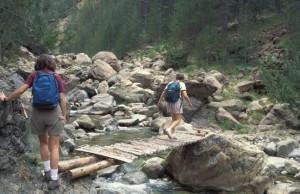 greece-stream-crossing