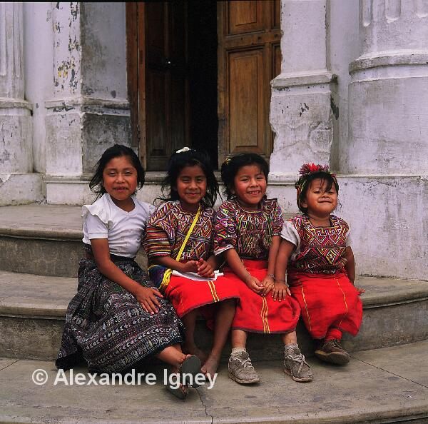 guatemala-maya-girls