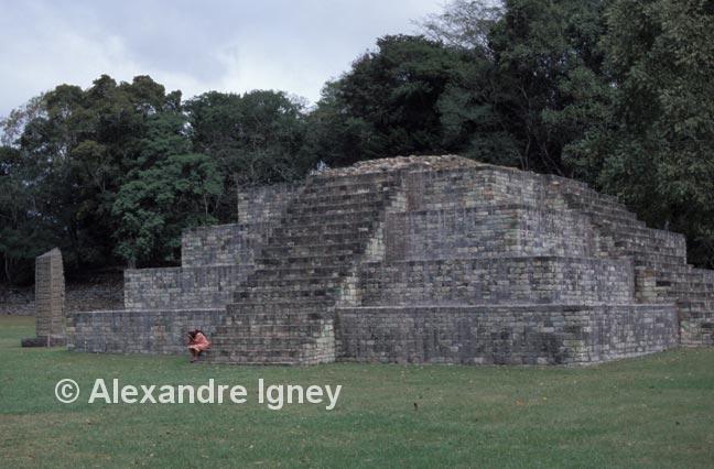 honduras-copan-temple