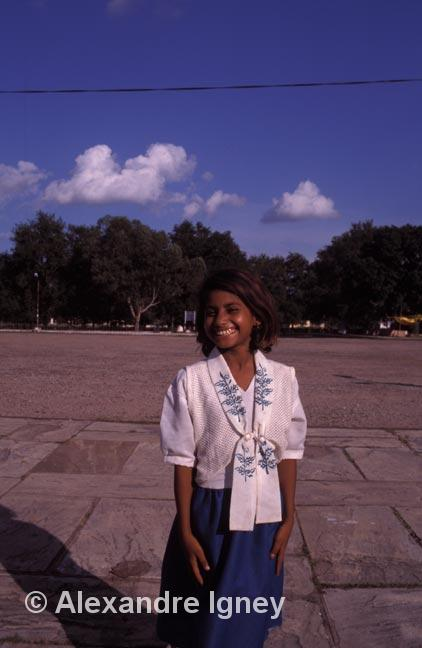 india-khajuraho-girl
