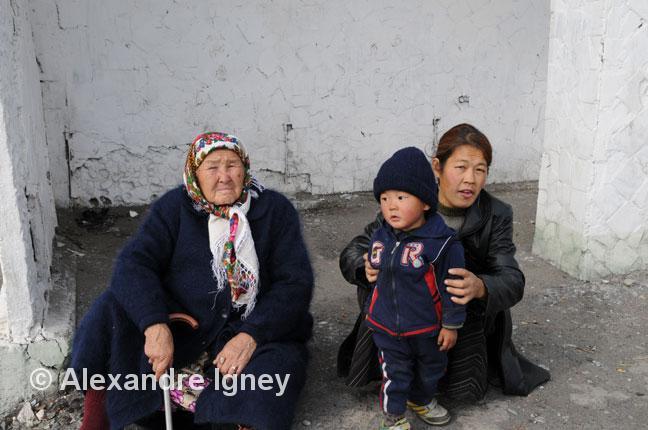 kyrgyzstan-family