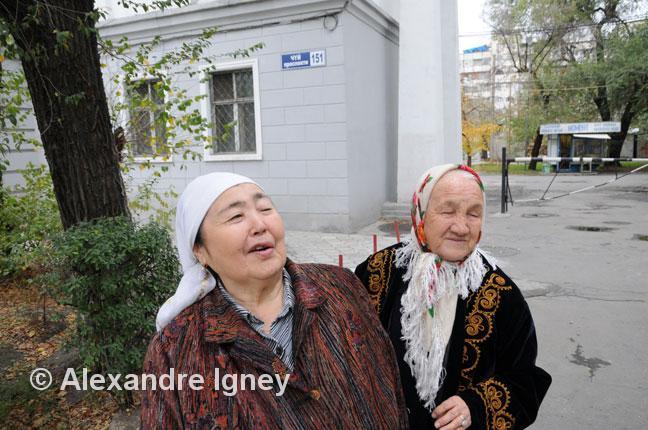 kyrgyzstan-women-babushkas