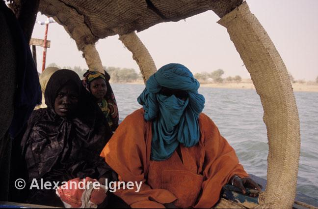 mali-boat-people