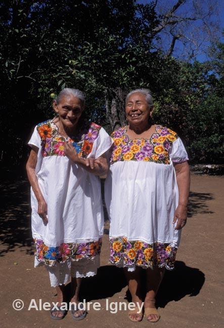 mexico-maya-women