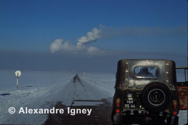 mongolia-winter-desert