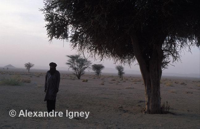 niger-desert-man