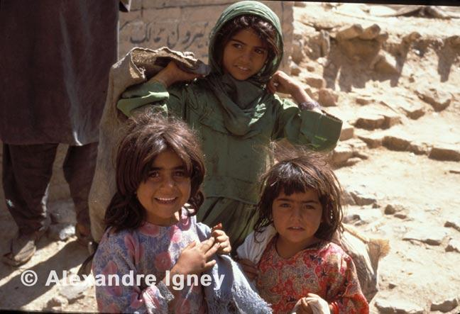 pakistan-afghan-girls