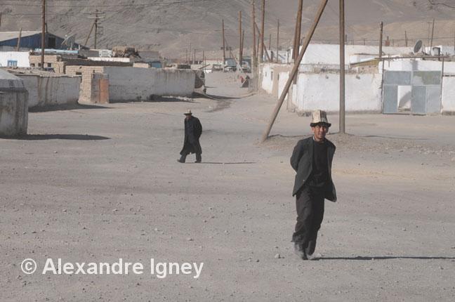 tajikistan-market-man
