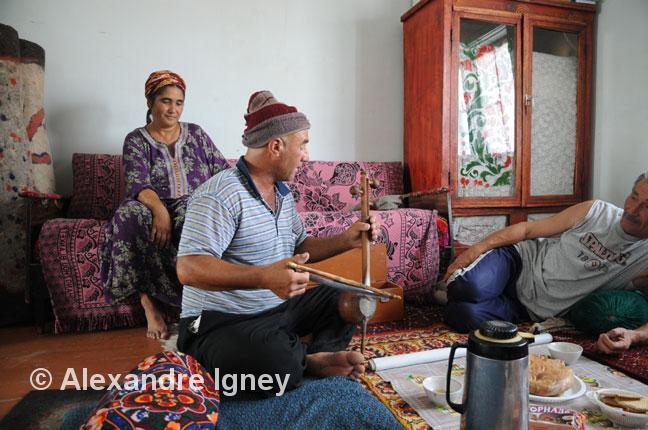 turkmenistan-nomad-singer