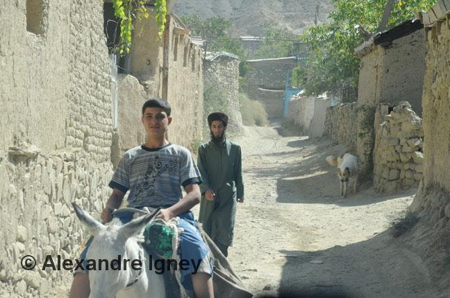 turkmenistan-village-mullah