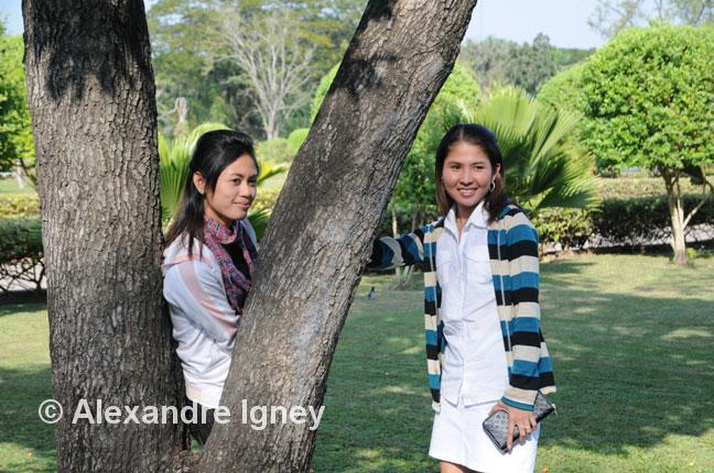 thailand-women-park