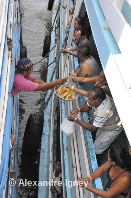 amazon-boat-trade