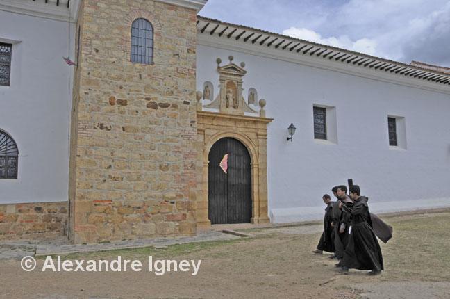 colombia-villadeleyva-monks