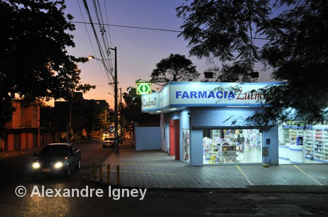paraguay-asuncion-pharmacy