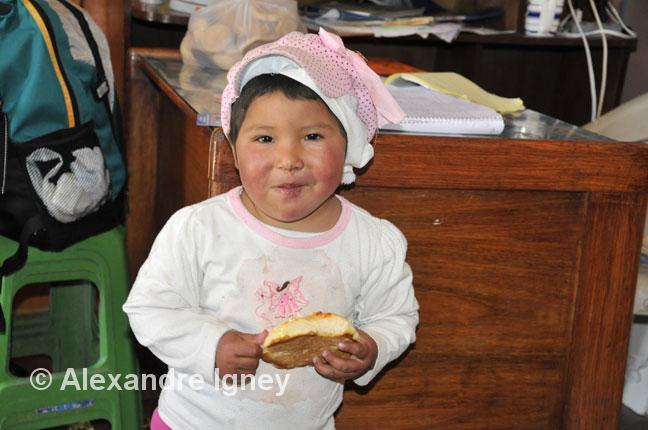bolivia-uyuni-children