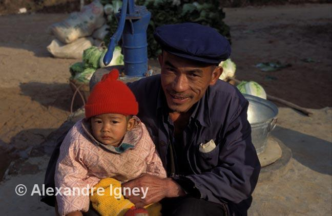 china-farmer-grandfather