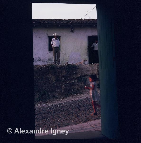 elsalvador-village-guerilla