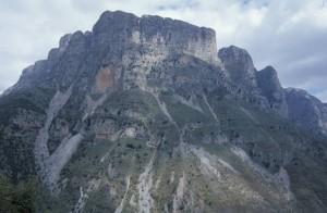 greece-zagoria-mountain