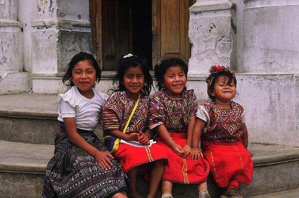 guatemala-maya-girls