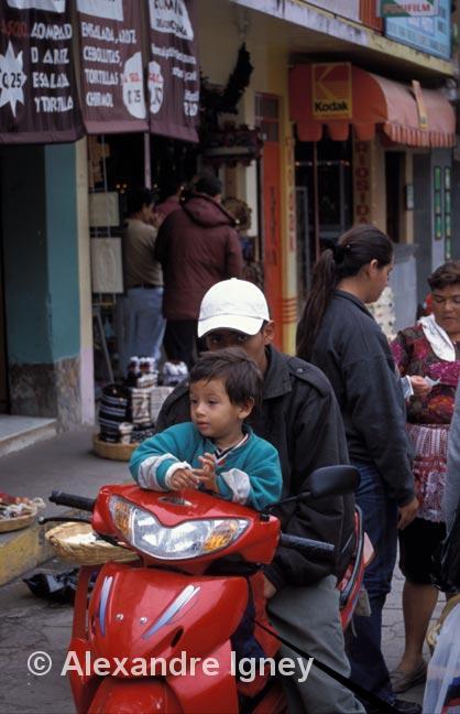 guatemala-motorbike-rider