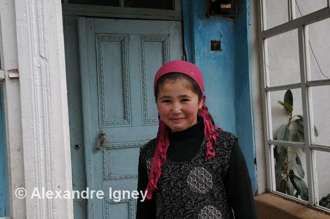 kyrgyzstan-girl