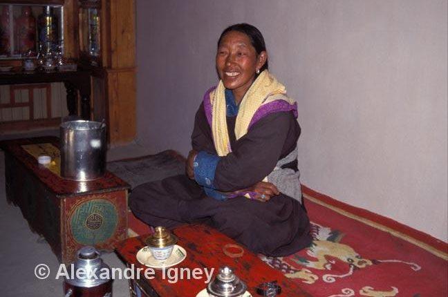 ladakh-woman-merchant