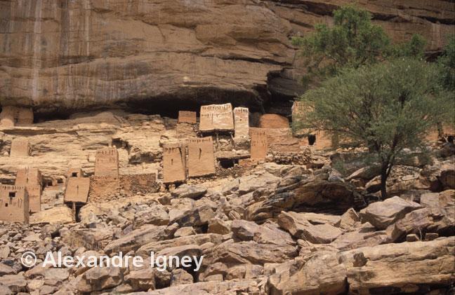 mali-dogon-caves