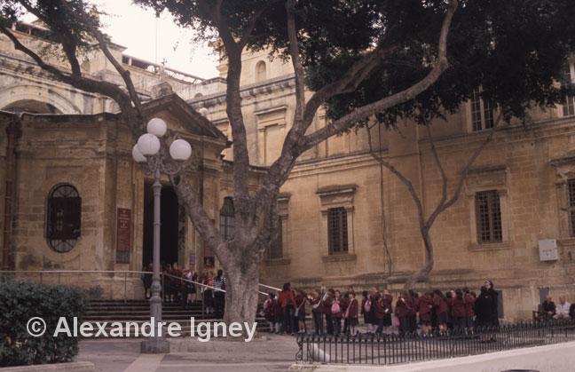 malta-church-schoolchildren