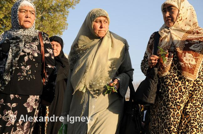 uzbekistan-muslim-women