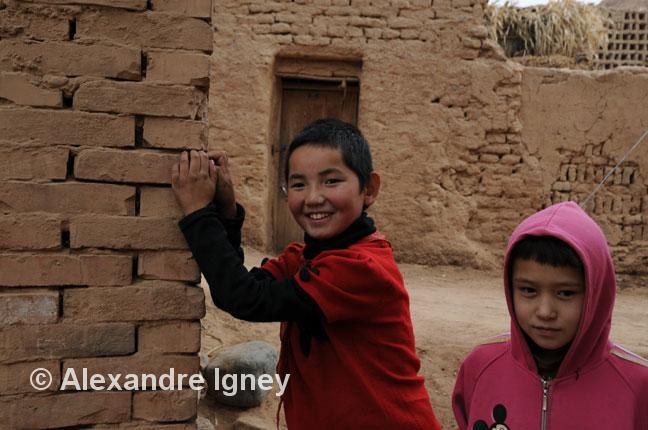 xinjiang-uyghur-girls
