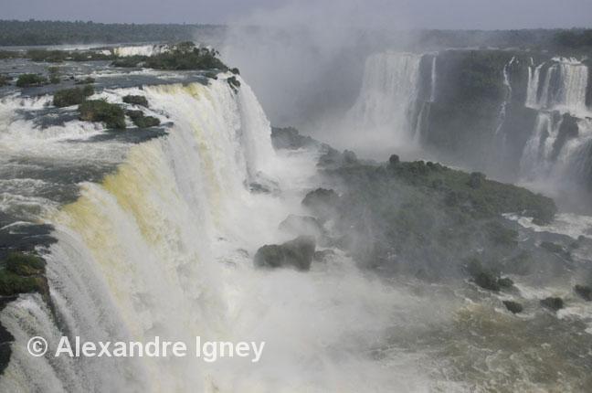 brazil-iguazu-falls