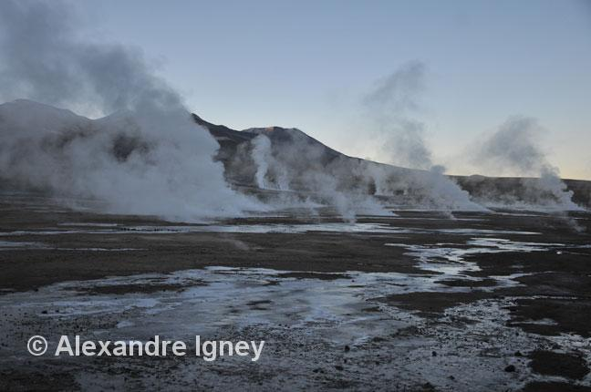 chile-eltatio-geyser2